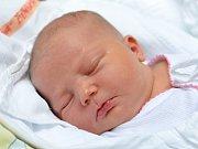 ŠTĚPÁNKA KOVÁŘOVÁ. Narodila se 3. dubna Ludmile a Josefovi z Borovnice. Měřila 53 centimetrů a vážila 3,87 kilogramu.
