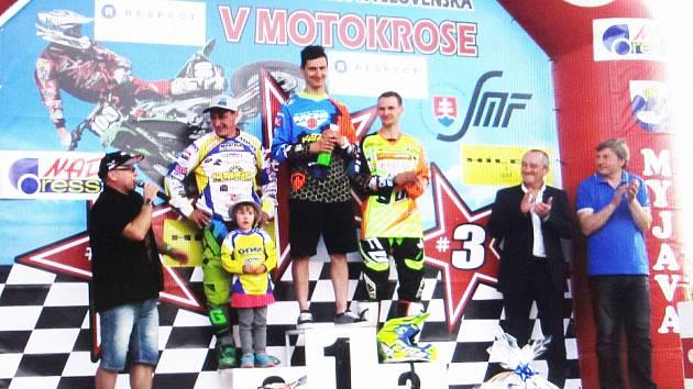 Stupně vítězů po závodech v Myjavě.