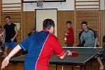 Turnaj ve stolním tenise v Bystrém na zámku.