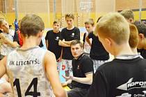 Středoevropská mládežnická basketbalová liga.