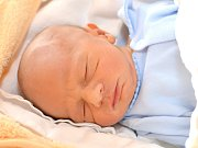 JOSEF KOLUMPEK. Narodil se 12. prosince Michaele a Josefovi z Nové Vsi. Měřil 46 centimetrů a vážil 2,3 kilogramu.