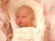 TEREZA GREPLOVÁ. Holčička se narodila 4.  března ve 14.41 hodin v litomyšlské porodnici. Po narození vážila 2,65 kilogramu a měřila 46 centimetrů. S rodiči Janou a Pavlem a dvanáctiletým bráškou Pavlem bude doma v Moravské Třebové.