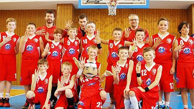 Nebáli se soupeřů zvučných jmen. Mladí hráči z Basketbalového klubu Litomyšl se v konkurenci nejlepších českých týmů neztratili a nebyli daleko od senzačního medailového umístění.