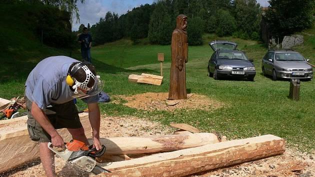 Dřevo sochání v Budislavi.