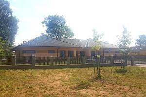 Domov na rozcestí Svitavy otevřel ve čtvrtek nový dvojdomek, který pojme až 24 klientů.