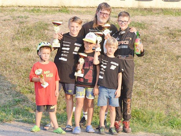 JARDAN Karting Klub na závodech ve Vysokém Mýtě.