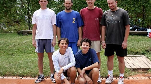 Vítězi Mixů 2007 se stali Semtamáci.