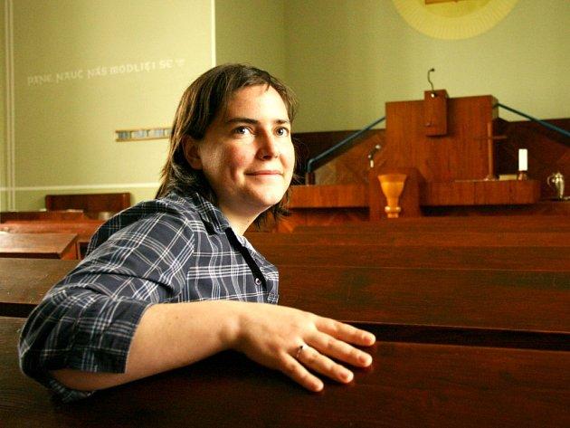 Mladá Američanka Kati Salmons učí v Poličce angličtinu už téměř rok.