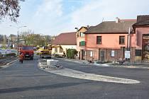 Od úterý je Smetanovo náměstí v Litomyšli normálně průjezdné v obou směrech.