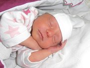 DENISKA VOKOUNOVÁ. Narodila se 2. července v 16.51 v nemocnici v Boskovicích. Vážila 2,89 kilogramu a měřila 48 centimetrů. S rodiči Evou a Michalem a bráchou Míšou bydlí ve Svitavách.