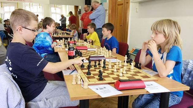 V Poličce se sešli nejlepší mladí šachisté z Pardubického kraje. Čtyři z nich si domů odvezli medaile nejcennější.