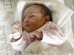 LAURA KOVAŘÍKOVÁ. Narodila se 7. června Karolíně a Pavlovi z Útěchova. Měřila 49 centimetrů a vážila 3 kilogramy.