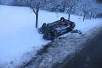 U obce Kamenec na Poličsku havaroval v sobotu krátce před třetí hodinou odpoledne osobák