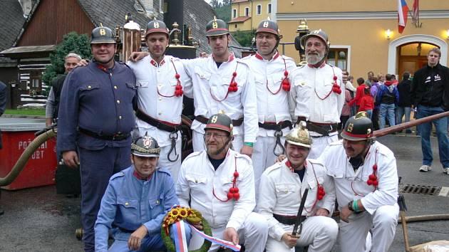Oslava  sto let parní stříkačky ve Svojanově