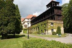 Historické lehárny jsou spolu s dalšímu budovami Odborného léčebného ústavu v Jevíčku kulturní památkou. Foto: archiv OLÚ
