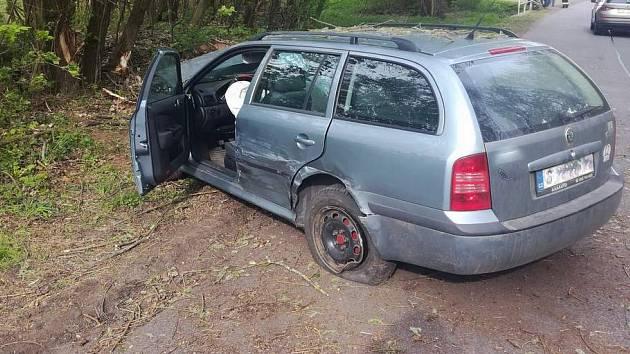 Nehoda na I/34, při které byla zraněna žena.