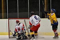 Panování Tygr Teamu skončilo, novým vládcem litomyšlské městské hokejové ligy je družstvo HC 2006. Obhájce vyřadilo v semifinále a ve finálové sérii se nenechalo zlomit ani porážkou v prvním utkání.  Panování Tygr Teamu skončilo, novým vládcem litomyšlské