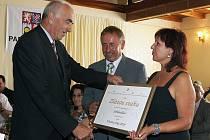Vyhlášení výsledků soutěže Vesnice roku 2010 v Pardubickém kraji se konalo ve Střemošici. Ocenění si odnesly i obce ze Svitavska.
