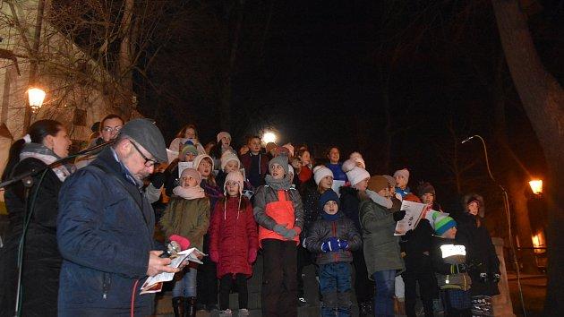 V Litomyšli se koledy s Deníkem zpívaly poprvé