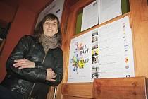 Zuzana Zahradníková v minulosti pracovala s hendikepovanými lidmi. Dnes pomáhá ženám pracujícím v sex bussinessu. Sama tvrdí, že legalizace této branže by mnohé změnila.