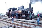 TRADIČNÍ MIKULÁŠSKÝ VLAK na trati mezi Chocní a Litomyšlí si o víkendu nenechaly ujít stovky příznivců parních lokomotiv a unikátní podívané.