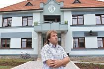 Dokázali to. Poříčí se stalo  nejhezčí vesnicí roku v Pardubickém kraji.  Starosta František Bartoš  má z prestižního ocenění  velkou radost.