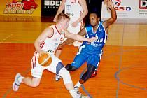 Basketbalista Michal Šotnar.