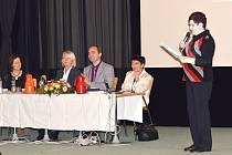 Konference pro zdravotnickou veřejnost na téma diabetes mellitus.
