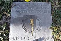 Ostatky rektora Stříteského se vrátí na hřbitov.