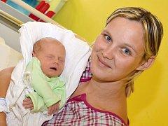 VOJTĚCH KOPECKÝ. Narodil se 14. července Martině Jonákové a Petru Kopeckému ze Svitav. Měřil 49 centimetrů a vážil 3 kilogramy.