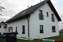 Rodinná tragédie se odehrála ve čtvrtek večer na zahradě u rodinného domu ve vilové čtvrti ve Svitavách.
