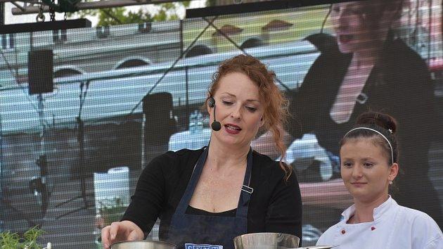 Gastroslavnosti Magdaleny Dobromily Rettigové v Litomyšli.