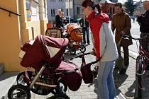 Matky objevily při průzkumné akci ve Svitavách mnoho bariér.