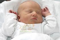 MARIE KASTNEROVÁ. Rodina Aleny a Víta a Anetky, Elišky a Danielky z Poličky se 10. dubna ve 22.10 hodin ve svitavské porodnici rozrostla o Marušku. Vážila tři kilogramy a měřila 49 centimetrů.