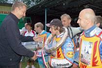 Letos podruhé se na plochodrážním stadionu v Cihelně bojovalo o body do tabulky prvoligové soutěže týmů.