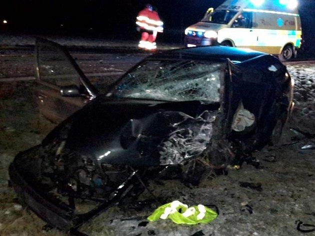 Snímek z nedělní dopravní nehody ve Vendolí