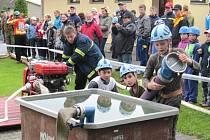 Mladí hasiči a hasičky se utkali v Poličce o pohár