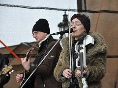 Litomyšlané si zazpívali koledy s kapelou Věneband