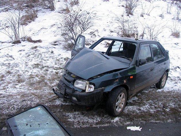 Střet osobního automobilu s nákladním u Moravské Třebové.