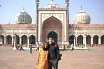 NÁVŠTĚVA PAMÁTEK. Páteční mešita v Dillí.
