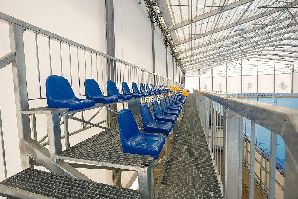 Zastřešení zimního stadionu ve Svitavách je hotové.