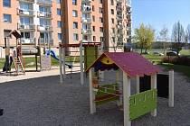 Šest dětských hřišť v Poličce má za sebou opravu a obnovu herních prvků.