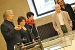 Kulturní událost roku, Smetanova Litomyšl, byla v pátek slavnostně zahájena. Koncertu na zámeckém nádvoří předcházela vernisáž výstavy kreseb Bohuslava Reynka v zámeckém pivovaru, která se stala pilotní expozicí Smetanovy výtvarné Litomyšle.