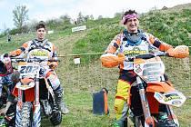 Jonáš Nedvěd (vlevo) a Petr Bartoš.
