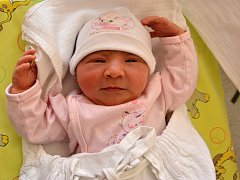 TEREZA MATUŠKOVÁ. Narodila se 30. března Aleně a Michalovi z Litomyšle. Měřila 47 centimetrů a vážila 3,25 kilogramu. Má sestřičku Alenku.