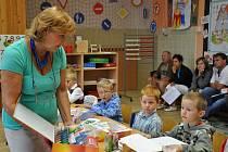 Začátek školního roku v první třídě v Jaroměřicích.