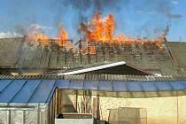 Požár statku v Kunčině na Moravskotřebovsku