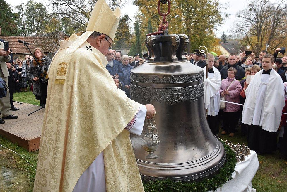 V Čisté zní opět zvon Mikuláš.
