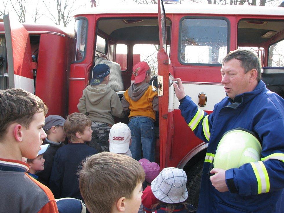 V Telecí uspořádali nevšední den pro děti ze školy.
