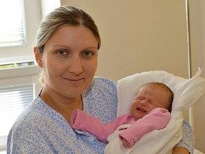 GABRIELA FRYČOVÁ. Narodila se 10. října Erice Hájkové a Ivanu Fryčovi z Prahy. Měřila 50 centimetrů a vážila 3,05 kilogramu.